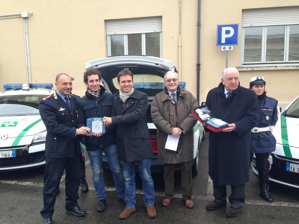 Donazione DAE Polizia Municipale Pavia